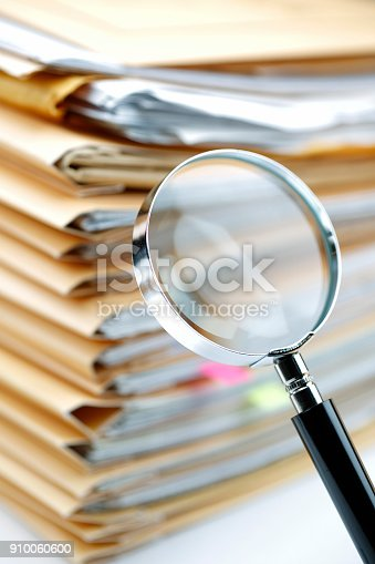 468153365 istock photo Documents Search 910060600
