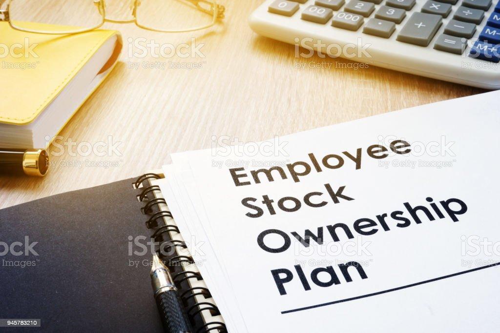 Documenten met titel employee stock ownership plannen (ESOP). foto