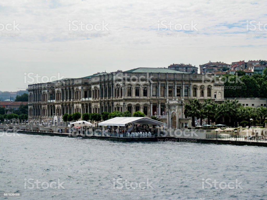 Dohlmabace Palace Boshporus Istanbul Stock Photo More Pictures Of Atasan Hp Royalty Free