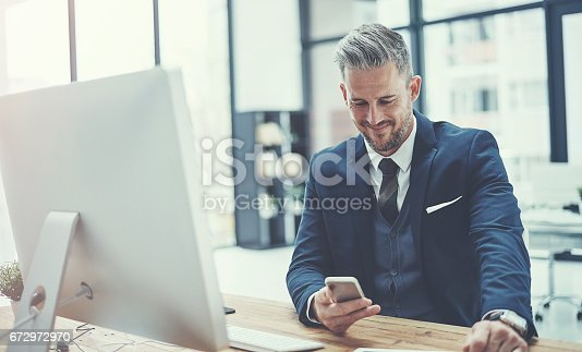 istock Doing business with one smart device 672972970