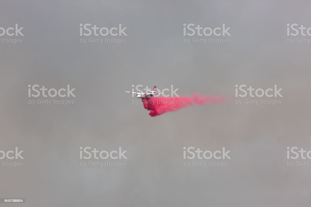 DC-10 doing drops of water on the La Tuna wildfire in Los Angeles stock photo