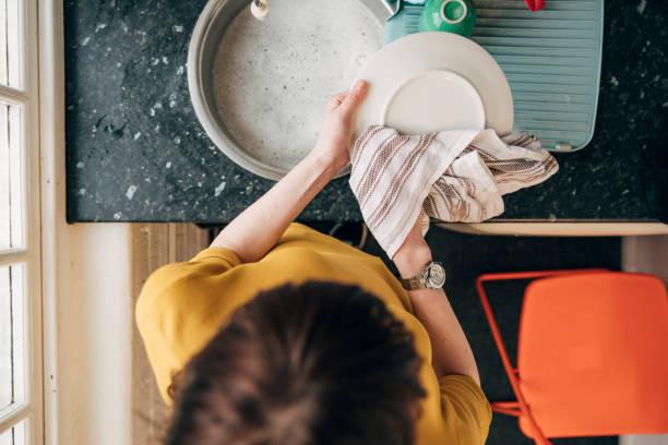 Afwassen op kantoor foto