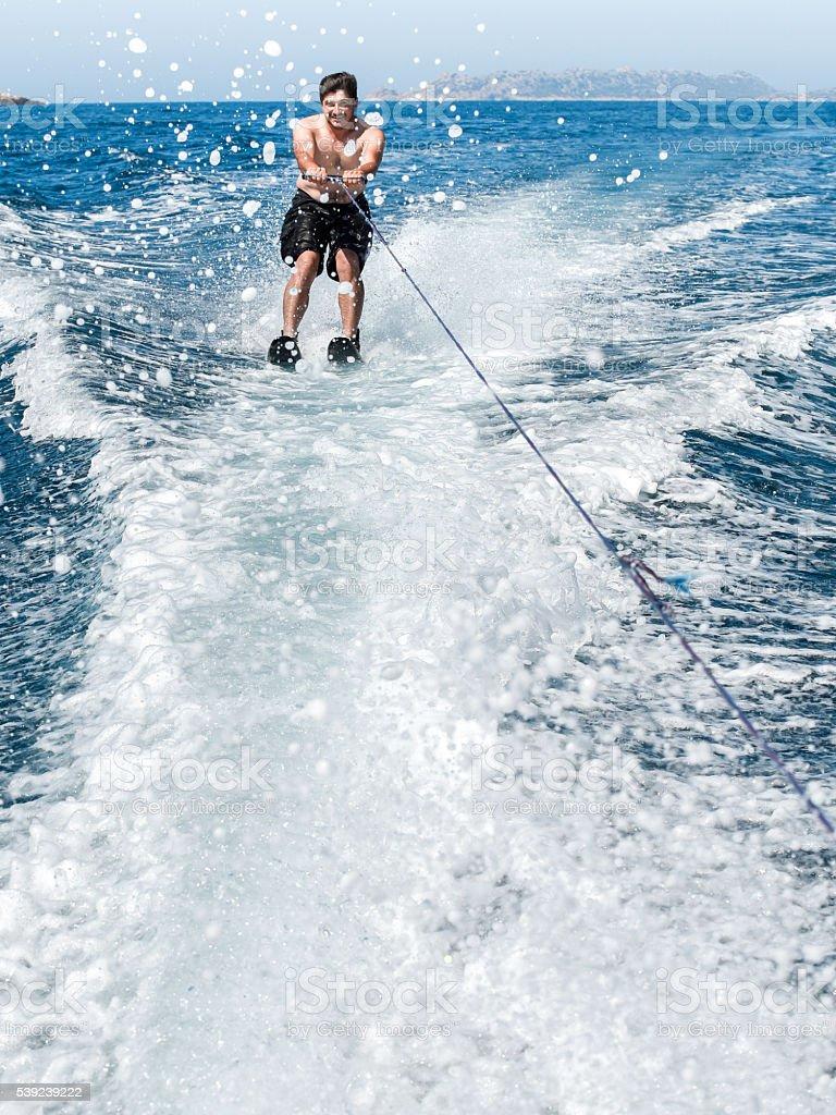 Haciendo watersport, foto de stock libre de derechos
