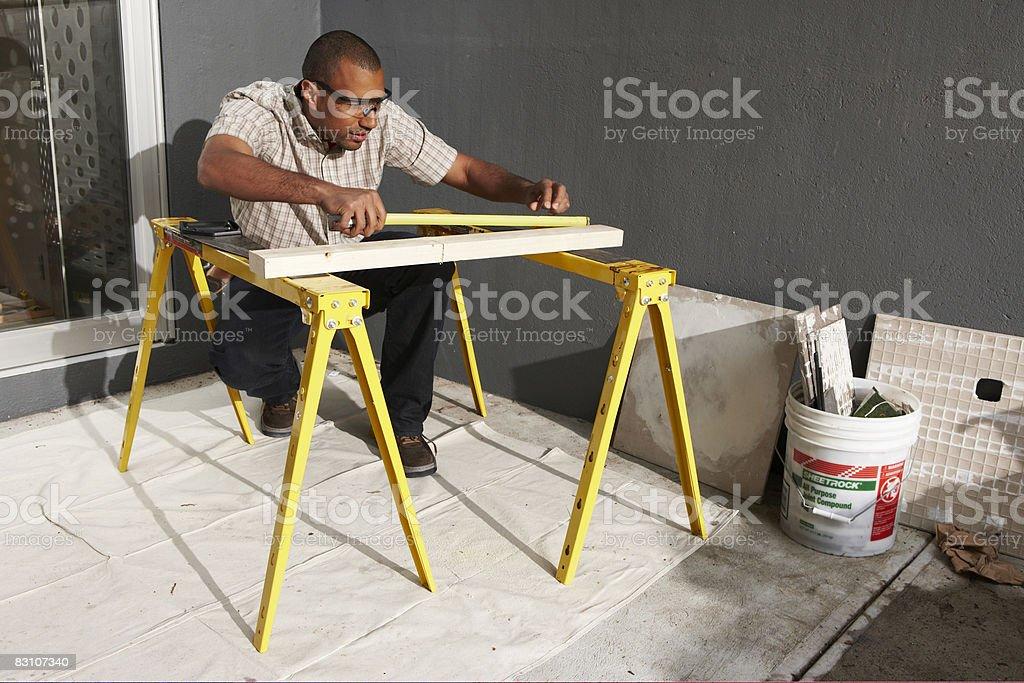 Do-it-yourself repairing urban home royalty free stockfoto