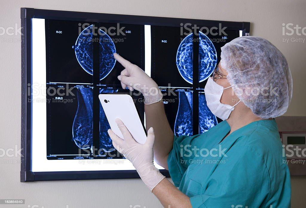 Doktor Looking MRI Scan stock photo
