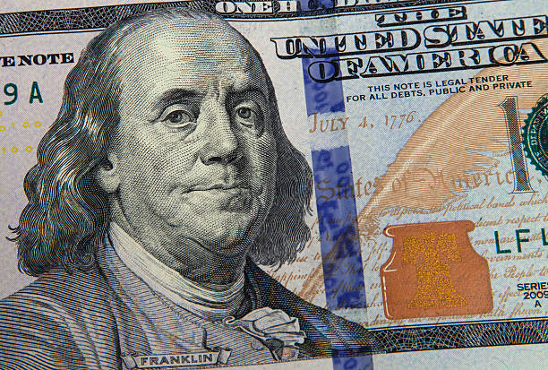 banconota da 100 dollari statunitensi - acquaforte foto e immagini stock