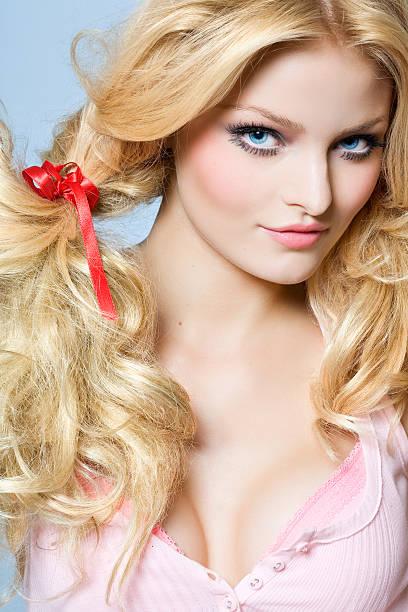 dolly - barbiekleidung stock-fotos und bilder