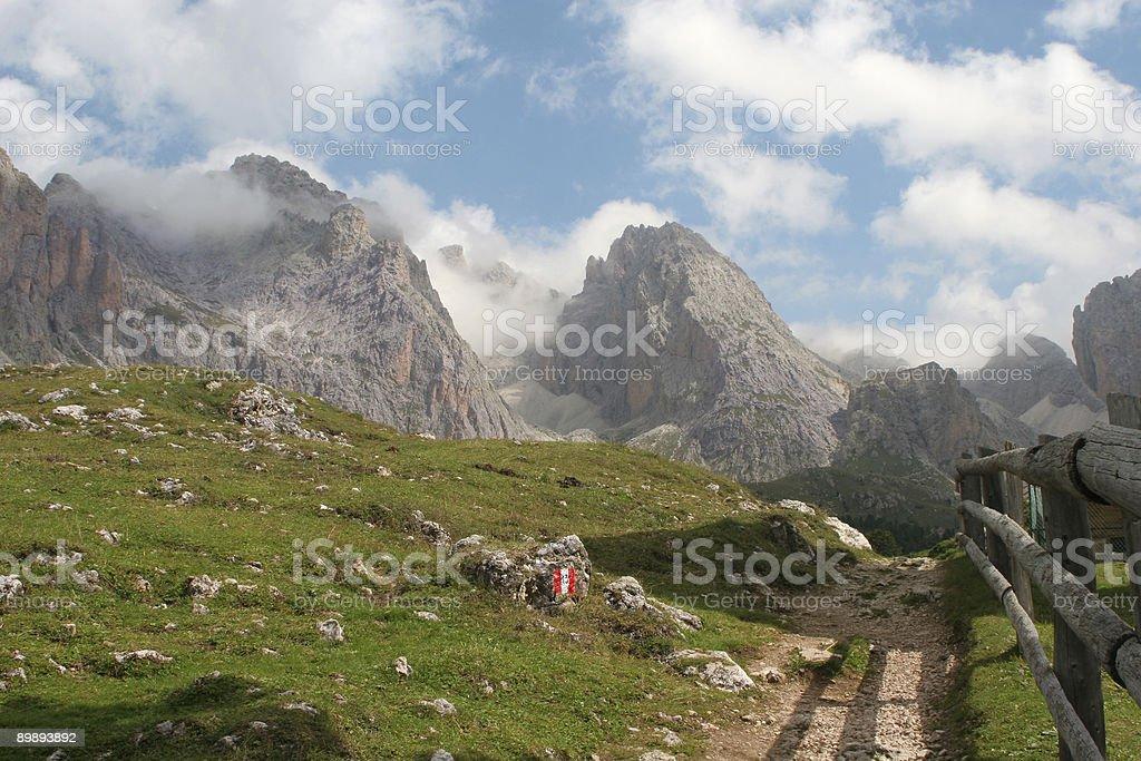 Dolomita-geisler grupo foto de stock libre de derechos