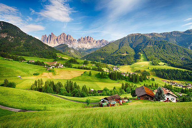 Dolomites alps, Mountain - Val di Funes Dolomites alps, Mountain - Val di Funes trentino alto adige stock pictures, royalty-free photos & images