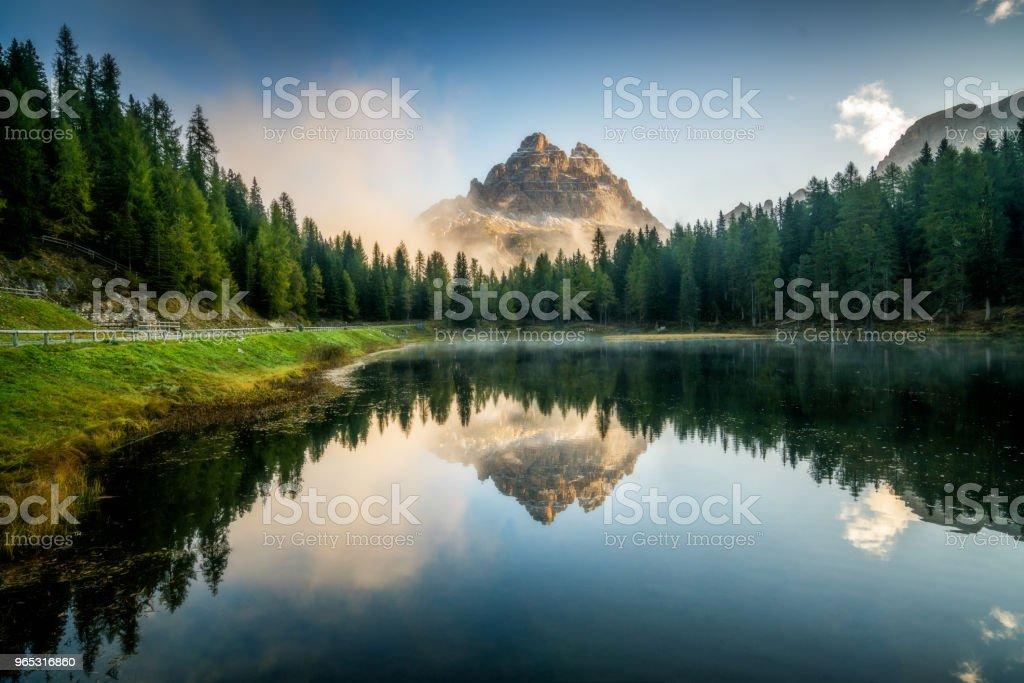Dolomites, Italy landscape at Lake Antorno. zbiór zdjęć royalty-free