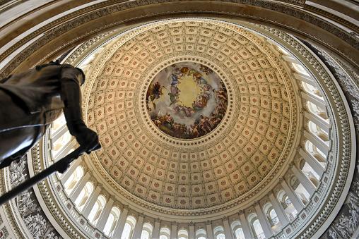Koepel Binnenkant Van De Amerikaanse Hoofdstad Washington Dc Stockfoto en meer beelden van Architectuur