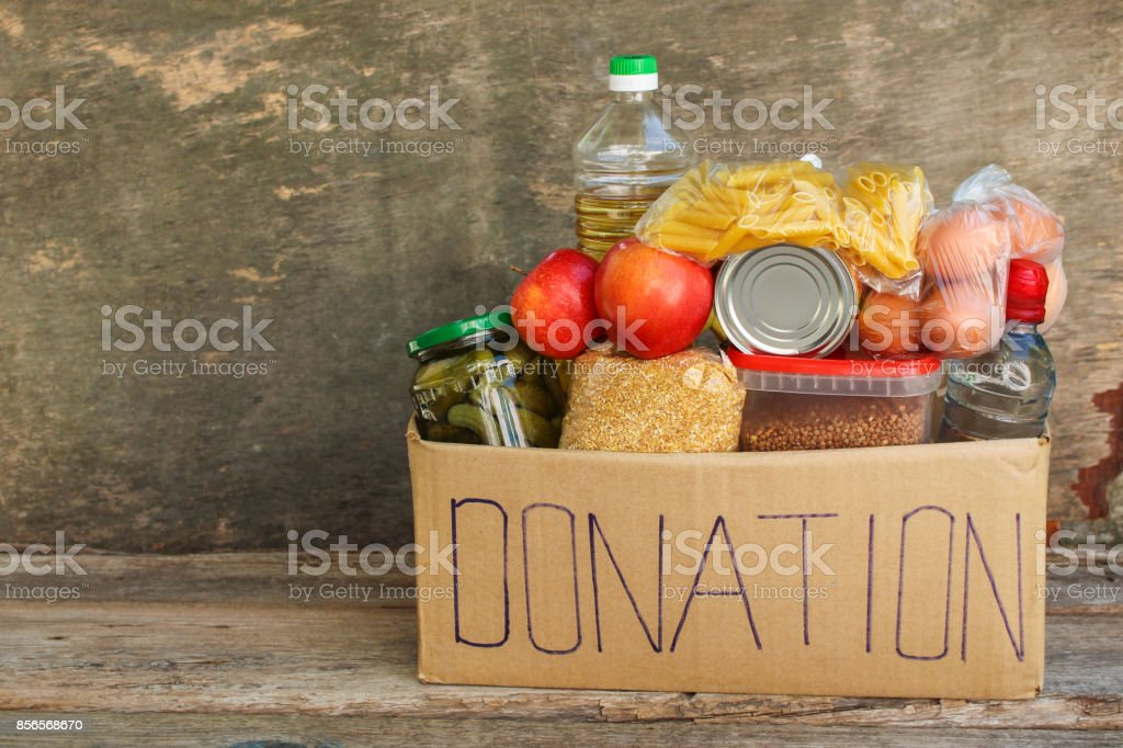 Donation box with food. – zdjęcie