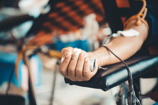 Spender spenden Blut an das Krankenhaus: das Konzept der medizinischen Geben – Foto
