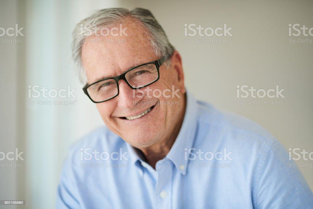 Yaş denetim hayatını yaşa ne kadar mutlu izin verme - Royalty-free 32 dişini göstermek Stok görsel