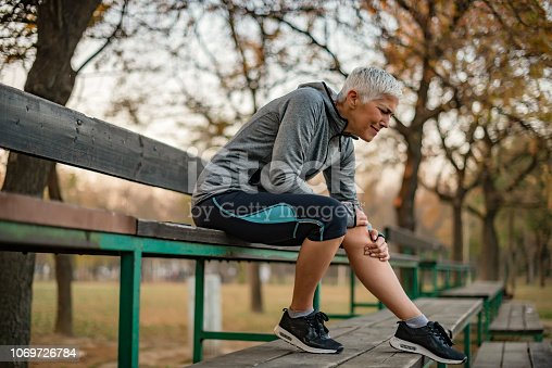 istock Don't put too much pressure on your body 1069726784