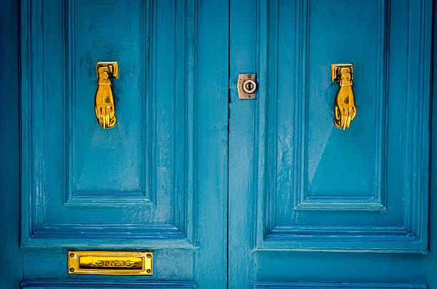 Door knob 63 picture id500136114?b=1&k=6&m=500136114&s=612x612&w=0&h=dbcvo sttggapn1ntkpqijw4kpyylj6vwzzw0zexisc=