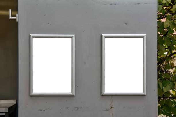 Tür Schilder Restaurant stand offen isolierten leeren weißen Mockup Preisliste – Foto