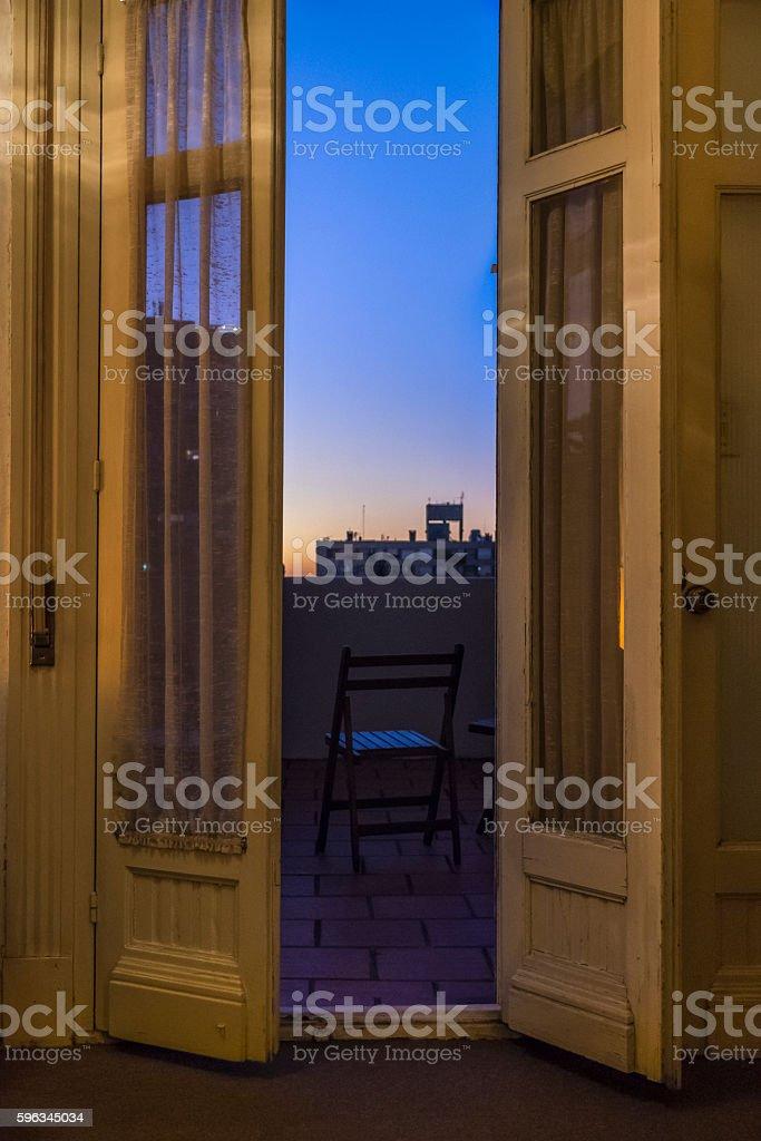 Door with Window Open Night Scene Lizenzfreies stock-foto