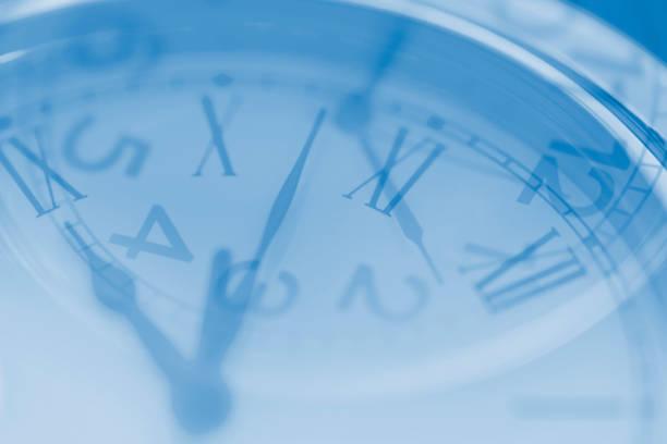 時計の二重露光イメージ ストックフォト