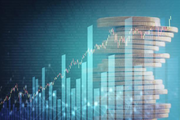 doppelbelichtung von lager und gewinn graph auf zeilen von münzen für finance und banking-konzept. - eurozahlen stock-fotos und bilder