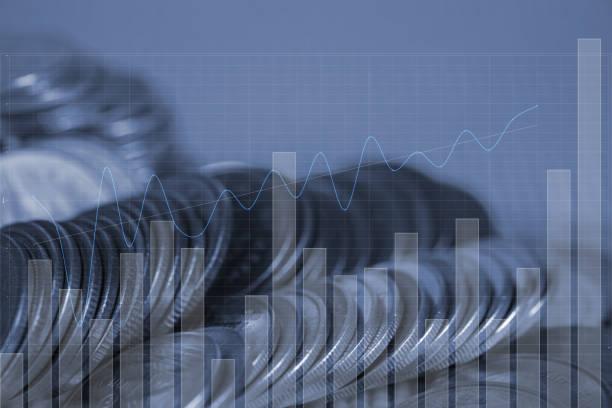 Çift Pozlama madeni para finansal grafik, iş ve finansal kavramı ile yığını. stok fotoğrafı