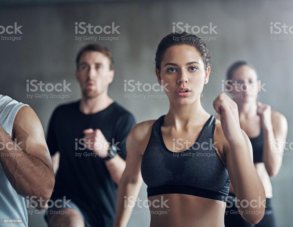 Double your chances for fitness success with a fitness group photo libre de droits