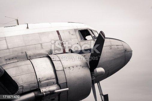 Old style B&W Douglas DC-3