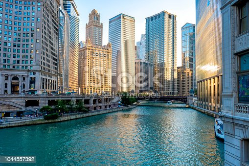 istock Downtown Chicago during the Sunset 1044557392