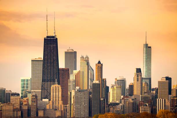 skyline del centro de la ciudad de chicago - chicago fotografías e imágenes de stock