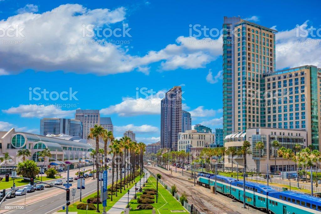Die Innenstadt von Stadtbild mit Wolkenkratzern der Skyline von San Diego, Ca – Foto