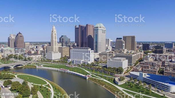 Downtown columbus ohio picture id615814244?b=1&k=6&m=615814244&s=612x612&h=ipd1pgd0mr4fqbnwa3anl0nby1gyq2pnd 32wav3hmk=