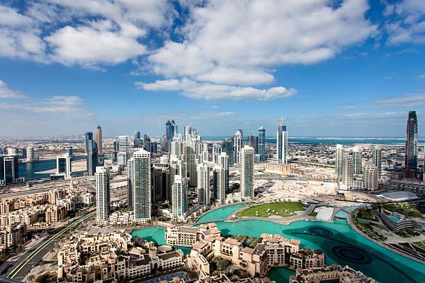 innenstadt von dubai - vereinigte arabische emirate stock-fotos und bilder