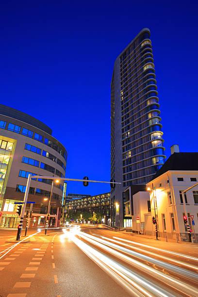 downtown eindhoven at night - eindhoven city stockfoto's en -beelden