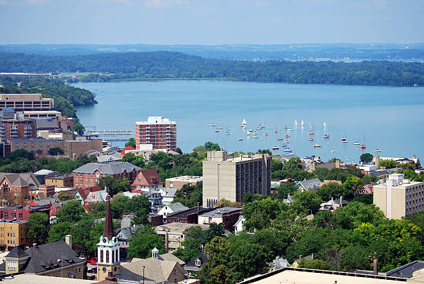 Downtown Madison, Wisconsin  madison wisconsin stock pictures, royalty-free photos & images