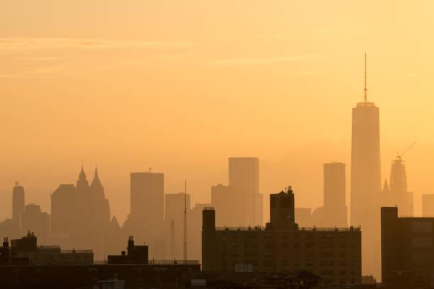 downtown manhattan sunset - heat haze stock pictures, royalty-free photos & images