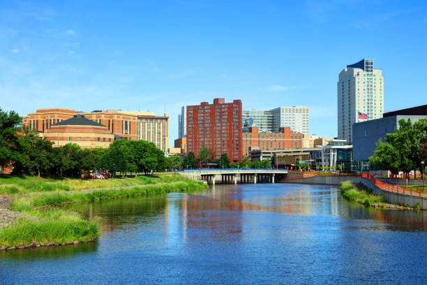 Downtown Rochester, Minnesota Skyline Rochester is a city in the U.S. State of Minnesota and is the county seat of Olmsted County. minnesota stock pictures, royalty-free photos & images