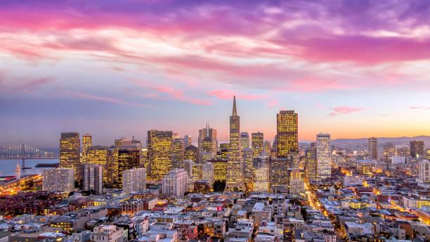 downtown San Francisco at sunset. Beautiful view of  business center in downtown San Francisco at sunset. san francisco bay stock pictures, royalty-free photos & images