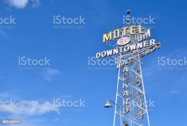 Downtowner Motel - zdjęcia stockowe i więcej obrazów Bez ludzi