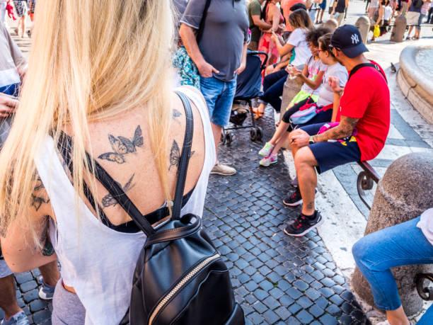entdeckung-rom - baroque tattoo stock-fotos und bilder