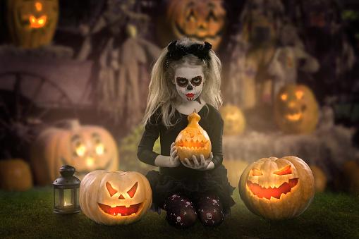 Halloween Makeup Devil Girl.Dracula Childlittle Girl With Halloween Makeup The Image Of The