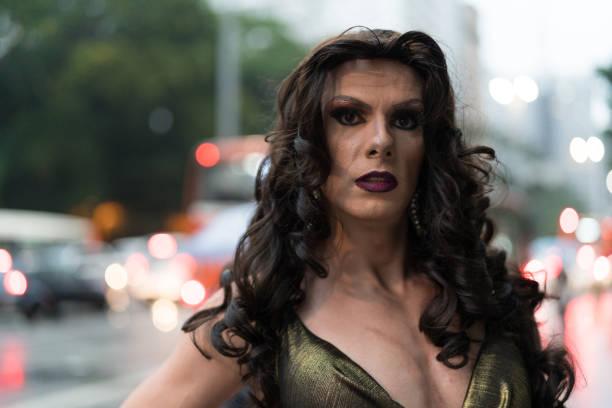 retrato de drag queen - intergénero fotografías e imágenes de stock