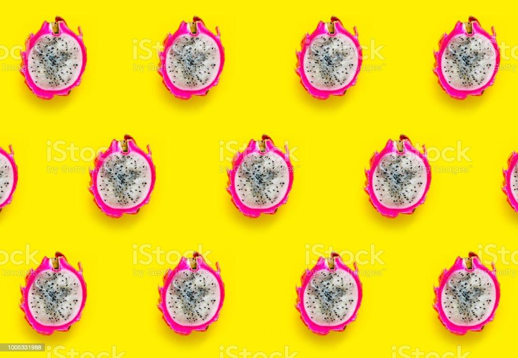 Drachenfrucht Muster gelb hinterlegt – Foto