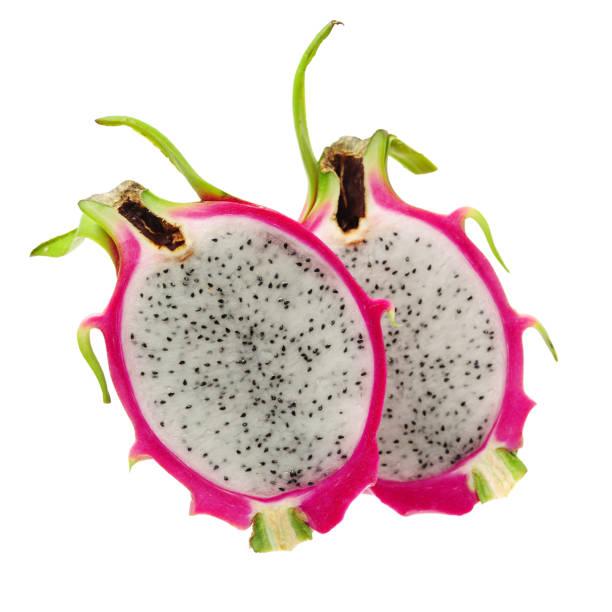 drachenfrucht pitaya isoliert auf weißem hintergrund - kaktusfrucht stock-fotos und bilder