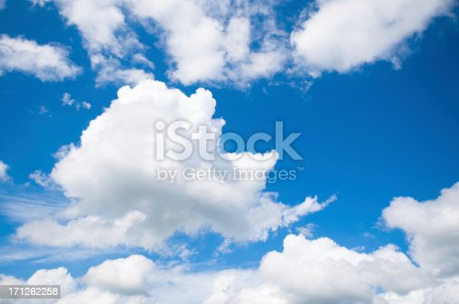 istock Dramatic blue sky with large fluffy clouds 171262258