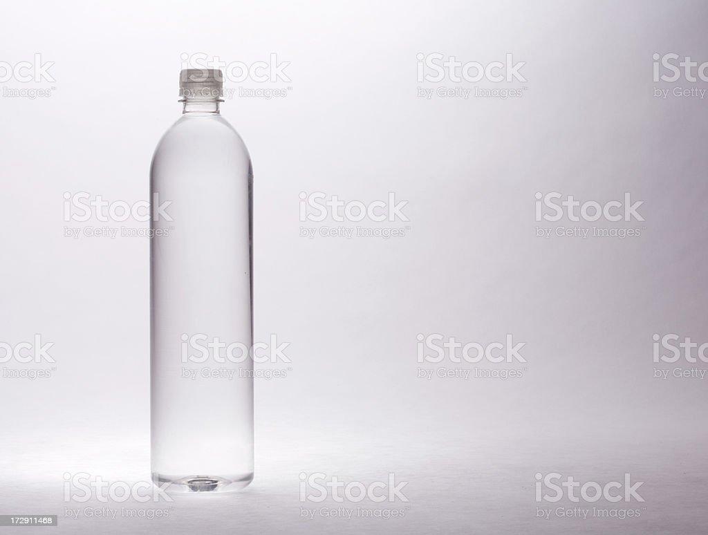 Dramática agua embotellada - foto de stock