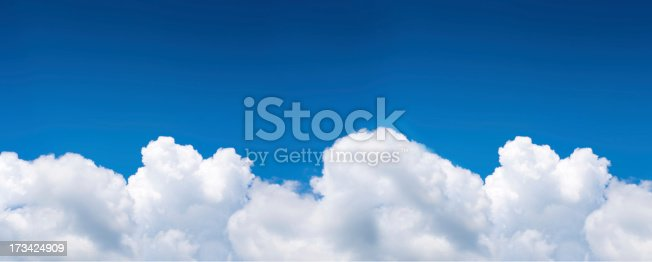 istock Dramatic Cloudy Sky . 173424909