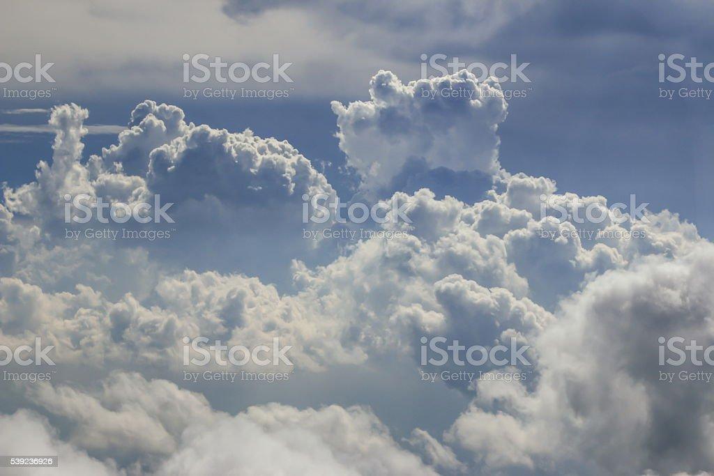 Espectacular cielo nublado  foto de stock libre de derechos