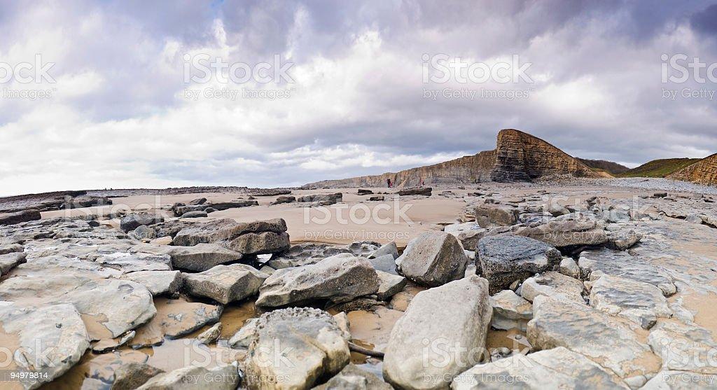 Dramatic rocky shore royalty-free stock photo
