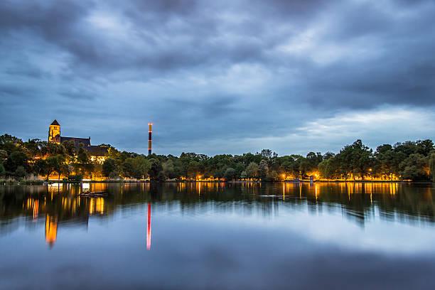 Dramatic sky in Chemnitz on well-known pond - Saxony – Foto
