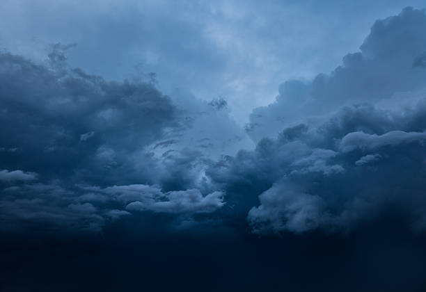 dramatic sky - extreme weather stock pictures, royalty-free photos & images